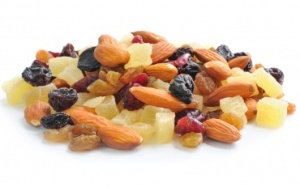 whole-almonds-and-mixed-dried-fruit